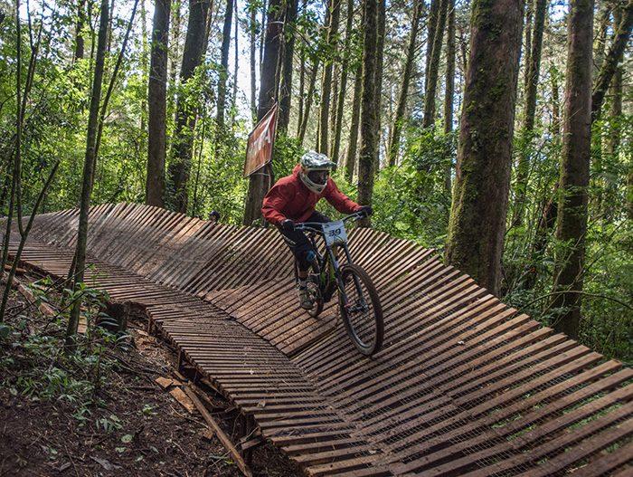 Mountain-Biking-Canopy-Barva-Volcano